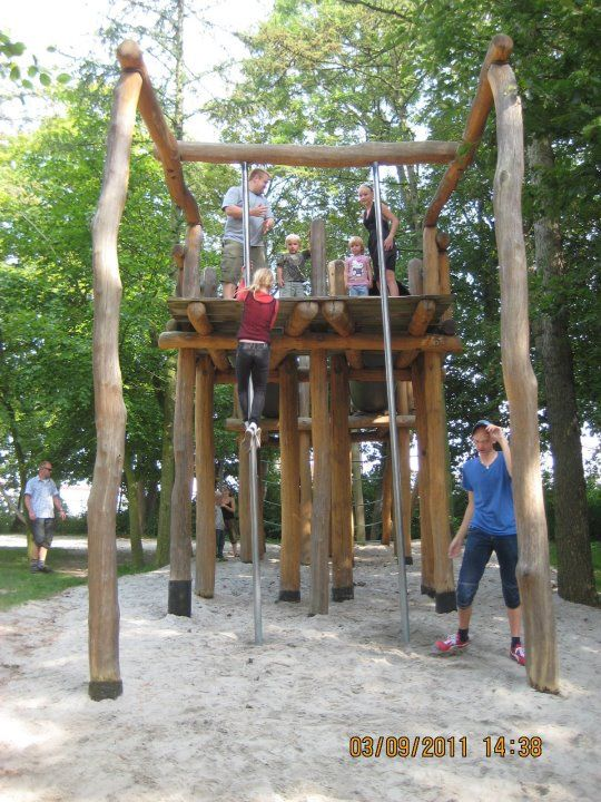 2011-08-Madsby-Legepark-12